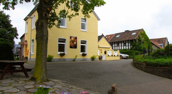 Bed and Breakfast Little India  Karin de Gier Hopschet 10 Vijlen